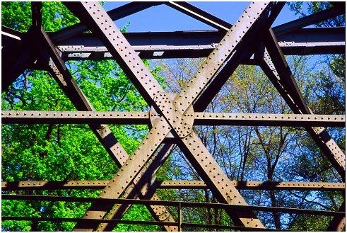 Eine stahl fachwerkkonstruktion for Fachwerkkonstruktion stahl